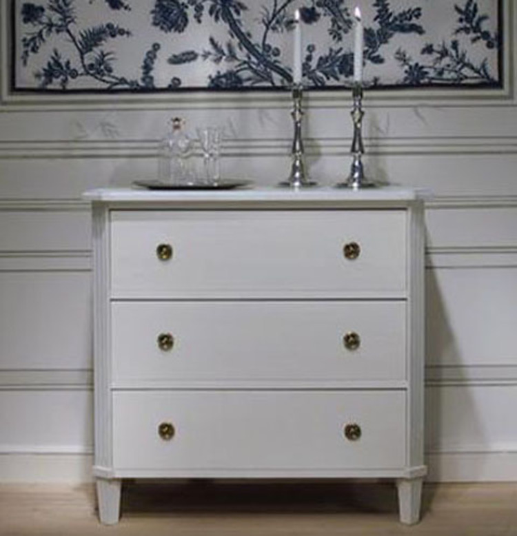 Swedish Gustavian Chest in Swedish White